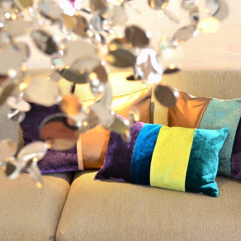 Kissen-Unikate von AN-NA Design: Jedes Kissen ist ein Einzelstück. Gefertigt in einer exklusiven Kissen-Manufaktur im Bergischen Land.
